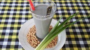 nấu sữa đậu nành mè đen